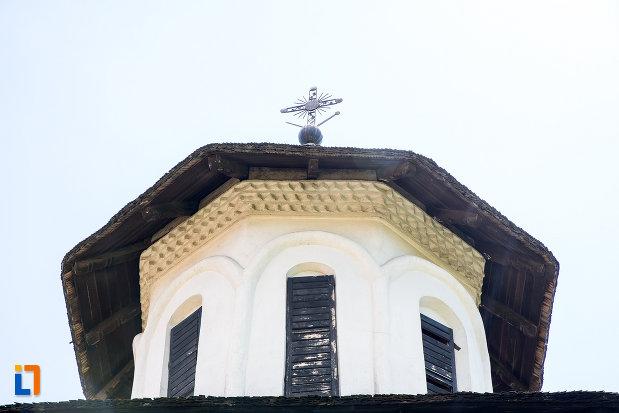 turnul-de-la-biserica-taierea-capului-sf-ioan-botezatorul-din-targoviste-judetul-dambovita.jpg