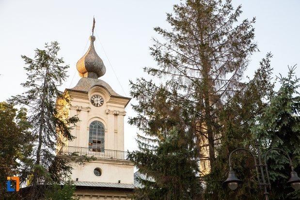 turnul-de-la-biserica-uspenia-din-botosani-judetul-botosani.jpg