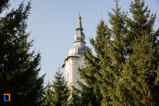 turnul-de-la-biserica-vovidenia-din-botosani-judetul-botosani.jpg
