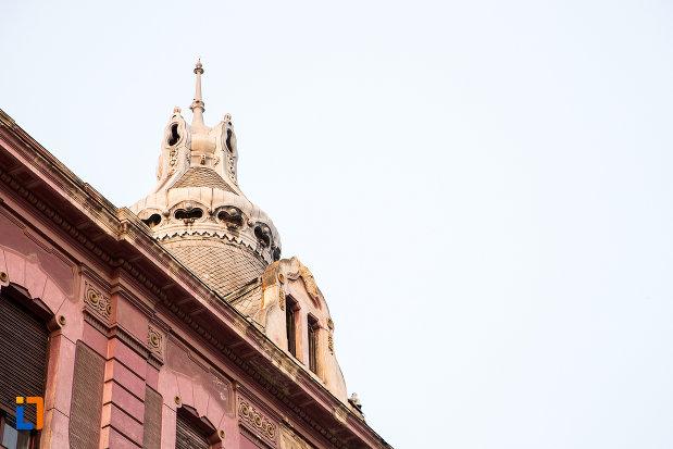 turnul-de-la-casa-din-anul-1912-monument-istoric-din-arad-judetul-arad.jpg