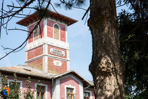 turnul-de-la-cazarma-pompierilor-azi-arhivele-statului-din-calarasi-1897-judetul-calarasi.jpg