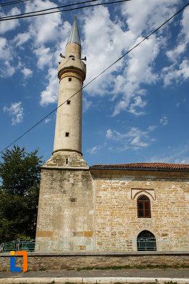turnul-de-la-geamia-gazi-ali-pasa-din-babadag-judetul-tulcea.jpg
