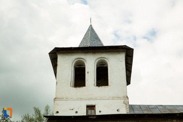 turnul-de-la-manastirea-sf-voievozi-din-baia-de-arama-judetul-mehedinti.jpg