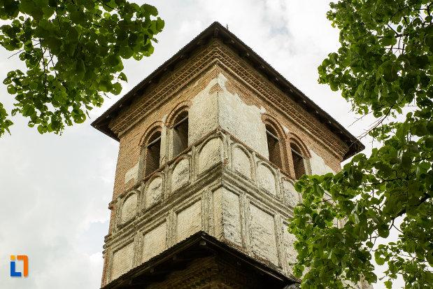 turnul-de-la-manastirea-strehaia-judetul-mehedinti.jpg