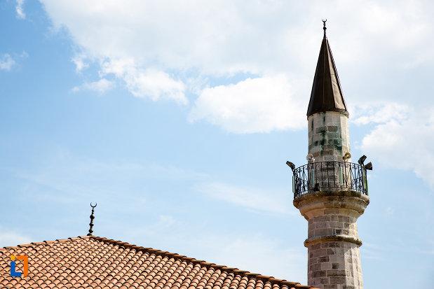 turnul-de-la-moscheea-esmahaedere-cu-ltan-din-mangalia-judetul-constanta.jpg