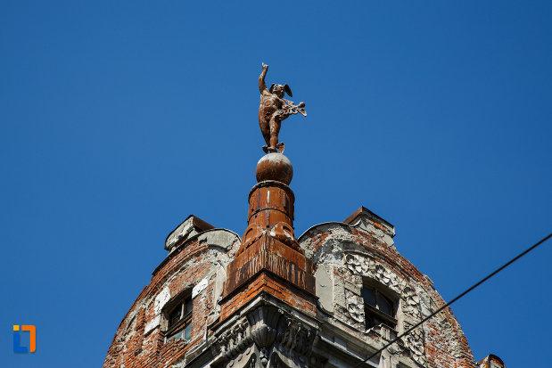turnul-de-la-palatul-mercur-din-timisoara-judetul-timis.jpg