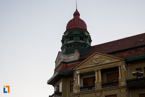 turnul-de-la-palatul-szechenyi-din-timisoara-judetul-timis.jpg
