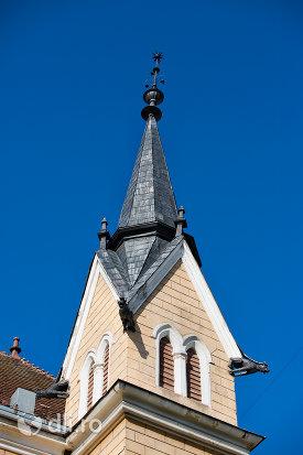 turnul-principal-de-la-biserica-reformata-din-sighetu-marmatiei-judetul-maramures-2.jpg