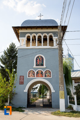 turnulet-de-la-biserica-sf-gheorghe-1863-din-fierbinti-targ-judetul-ialomita.jpg