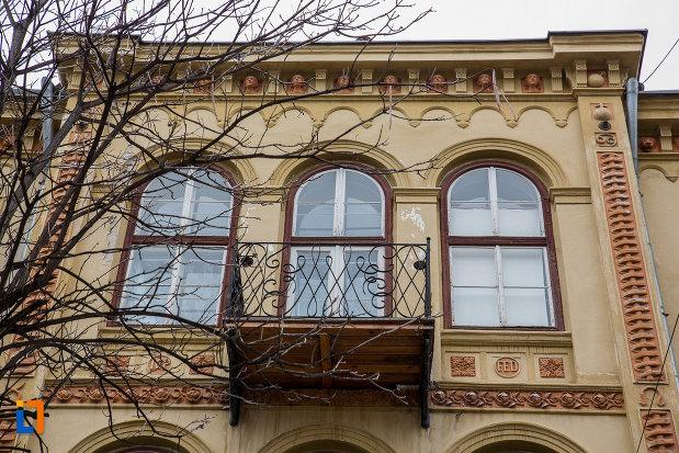 ultimul-etaj-de-la-casa-care-inglobeaza-fragmente-medievale-si-fortificatii-din-incinta-iii-a-din-sibiu-judetul-sibiu.jpg