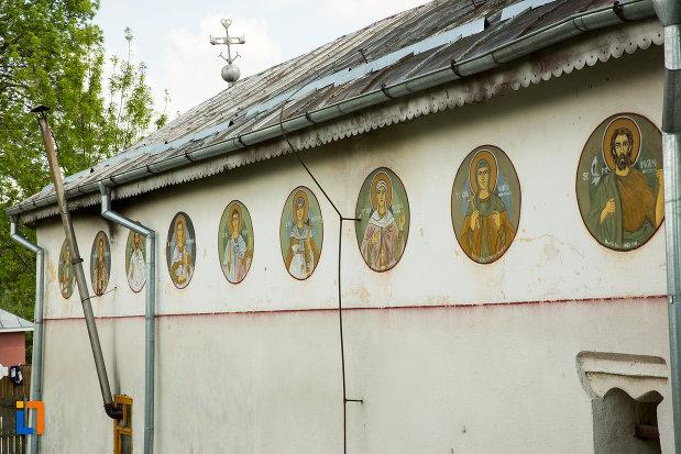 una-dintre-partile-bisericii-cuvioasa-paraschiva-din-suica-judetul-olt.jpg