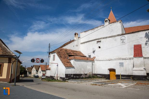 una-dintre-partile-zidului-biserica-evanghelica-fortificata-1783-din-miercurea-sibiului-judetul-sibiu.jpg