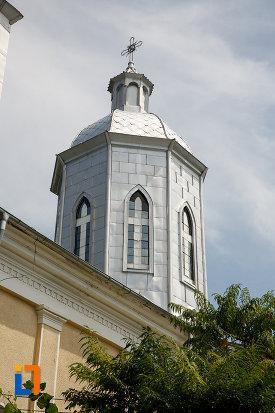 unul-dintre-turnurile-de-la-biserica-cuvioasa-paraschiva-1862-din-turnu-magurele-judetul-teleorman.jpg