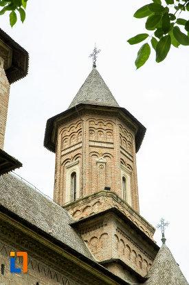 unul-dintre-turnurile-de-la-biserica-fortificata-precista-din-galati-judetul-galati.jpg