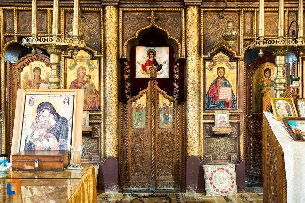 usa-de-altar-din-biserica-sf-apostoli-si-sf-gheorghe-din-caracal-judetul-olt.jpg