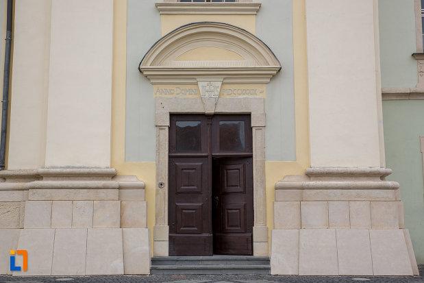 usa-din-lemn-de-la-biserica-parohiala-evanghelica-sf-maria-din-sibiu-judetul-sibiu.jpg