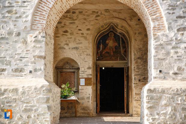 usa-din-lemn-de-la-biserica-sf-gheorghe-mirauti-1391-din-suceava-judetul-suceava.jpg