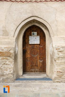 usa-din-lemn-de-la-biserica-sf-nicolae-prajescu-1611-din-suceava-judetul-suceava.jpg