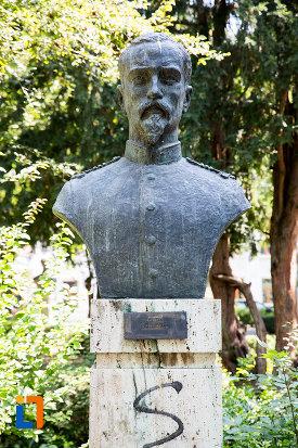 vasile-panu-aleea-eroilor-1877-1878-23-de-busturi-si-o-placa-comemorativa-din-giurgiu.jpg