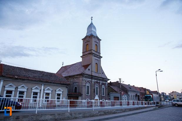 vedere-cu-biserica-invierea-domnului-1819-din-sebes-judetul-alba.jpg
