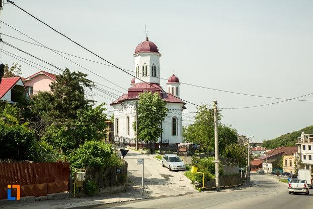 vedere-cu-biserica-sf-nicolae-din-slatina-judetul-olt.jpg