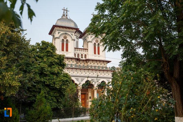 vedere-cu-catedrala-domneasca-sf-alexandru-din-alexandria-judetul-teleorman.jpg