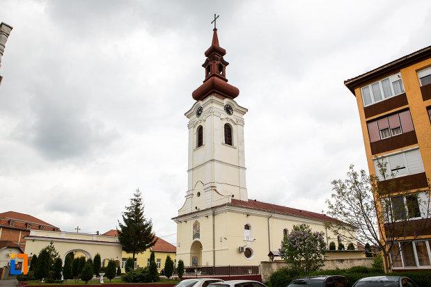 vedere-cu-catedrala-sf-gheorghe-din-caransebes-judetul-caras-severin.jpg