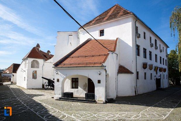 vedere-cu-cetatea-brasov-judetul-brasov.jpg