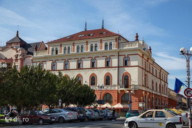 vedere-cu-hotel-transilvania-fosta-panonnia-din-oradea-judetul-bihor.jpg