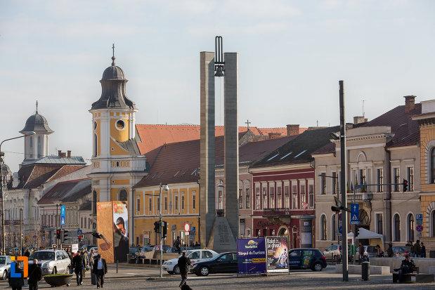 vedere-cu-monumentul-memorandistilor-din-cluj-napoca-judetul-cluj.jpg