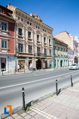 vedere-cu-palatul-safrano-din-brasov-judetul-brasov.jpg