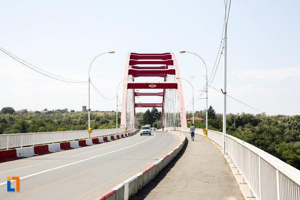 vedere-cu-podul-sf-maria-din-cernavoda-judetul-constanta.jpg