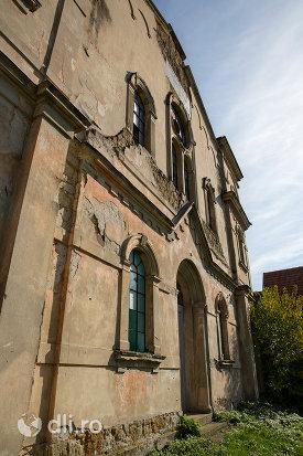 vedere-cu-sinagoga-din-seini-judetul-maramures.jpg