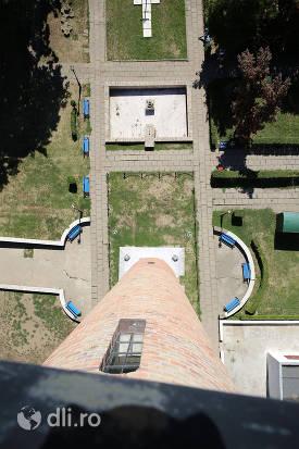 vedere-de-sus-in-jos-spre-parc-din-turnul-pompierilor-din-satu-mare.jpg