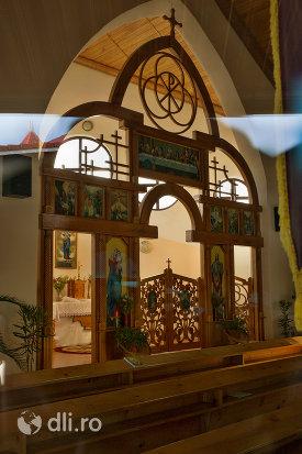 vedere-din-interior-biserica-greco-catolic-din-boinesti-judetul-satu-mare.jpg