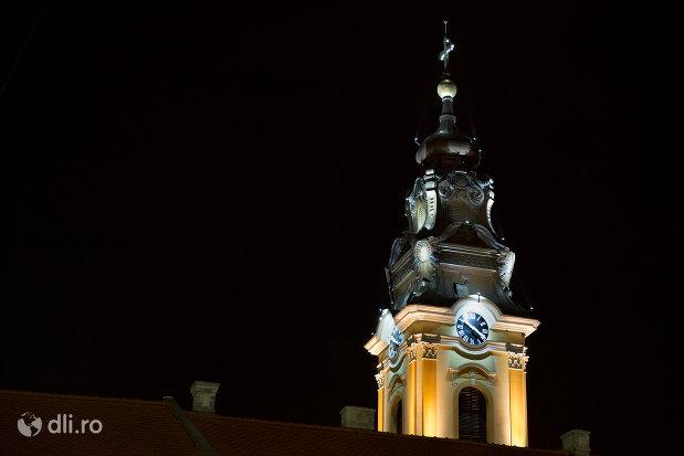 vedere-nocturna-cu-catedrala-greco-catolica-sf-nicolae-din-oradea-judetul-bihor.jpg