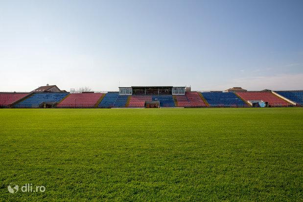 vedere-pe-lungime-stadionul-iuliu-bodola-din-oradea-judetul-bihor.jpg