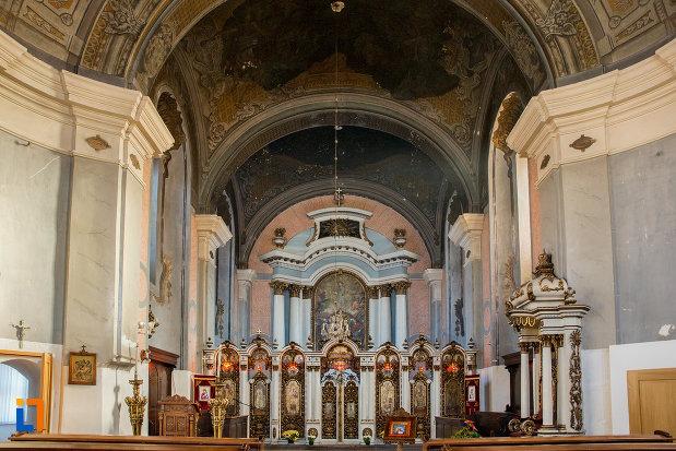 vedere-spre-altar-catedrala-greco-catolica-schimbarea-la-fata-din-cluj-napoca-judetul-cluj.jpg