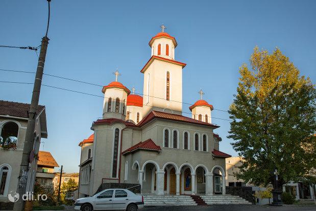vedere-spre-biserica-ortodoxa-sfantul-stefan-din-zalau-judetul-salaj.jpg