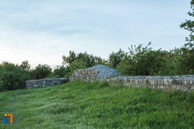 vedre-cu-asezarea-romana-sucidava-din-corabia-judetul-olt.jpg