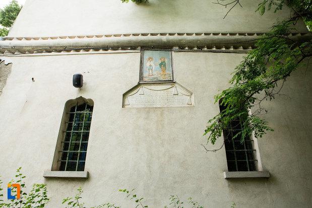 vitralii-de-la-biserica-sf-arhangheli-mihail-si-gavril-din-galati-judetul-galati.jpg