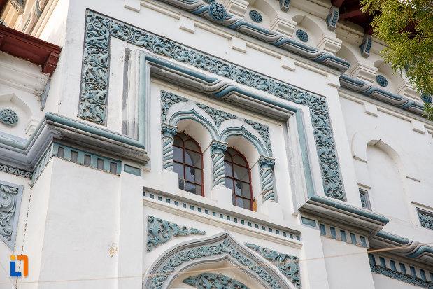 vitralii-de-la-catedrala-domneasca-sf-alexandru-din-alexandria-judetul-teleorman.jpg