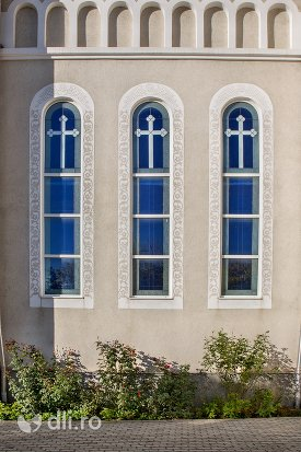 vitralii-de-la-catedrala-ortodoxa-din-negresti-oas-judetul-satu-mare.jpg
