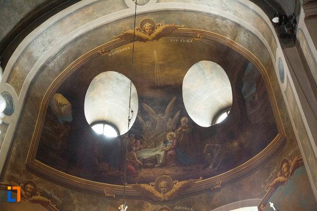 vitralii-rotunde-sin-biserica-grecescu-din-drobeta-turnu-severin-judetul-mehedinti.jpg