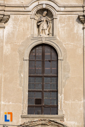 vitraliu-de-la-biserica-armeano-catolica-sf-elisabeta-din-dumbraveni-judetul-sibiu.jpg