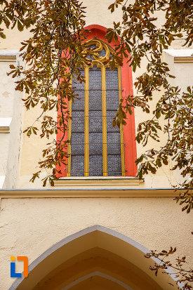 vitraliu-de-la-biserica-evanghelica-sf-margareta-si-turnul-trompetilor-1488-din-medias-judetul-sibiu.jpg