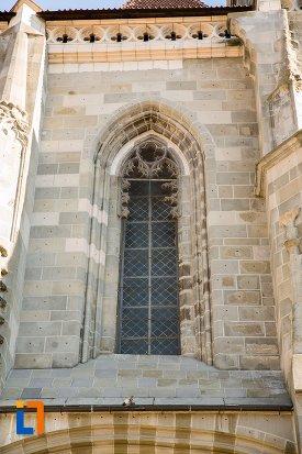 vitraliu-de-la-biserica-neagra-1383-1477-din-brasov-judetul-brasov.jpg