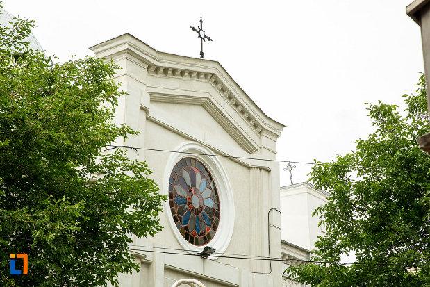 vitraliu-rotund-de-la-biserica-greaca-din-galati-judetul-galati.jpg