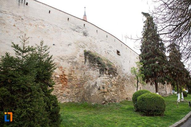 zid-de-piatra-de-la-cetatea-aiudului-judetul-alba.jpg