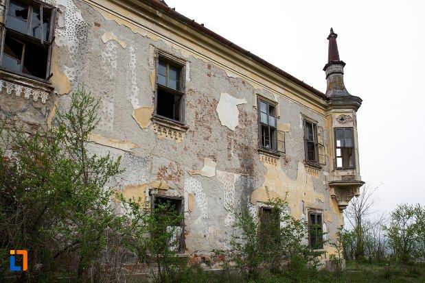 zid-din-ansamblul-castelului-teleky-din-uioara-de-sus-judetul-alba.jpg